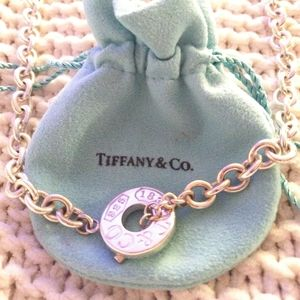 Gorgeous tiffany and co. 1837 17.5 in necklace